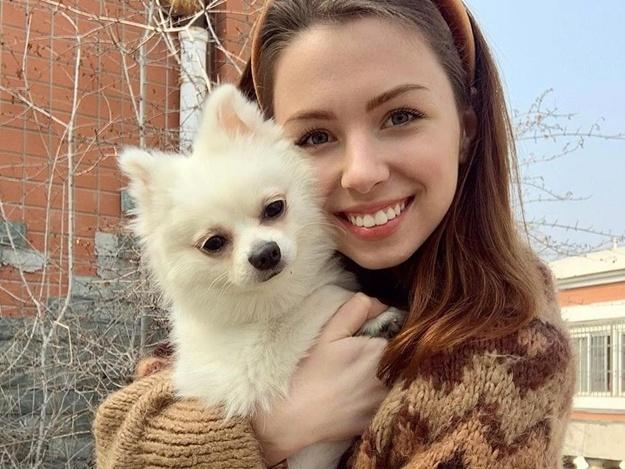Анастасия и ее собака Мишель. Фото: instagram.com/nastyazinchenko_/