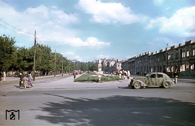 Как выглядел проспект Дмитрия Яворницкого раньше/ фото: visualhistory.livejournal.com