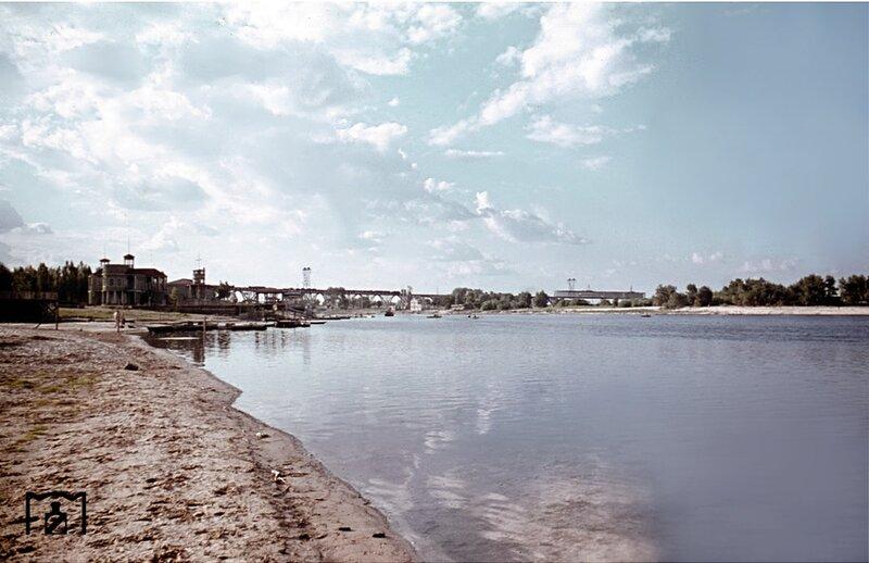 Монастырский остров в Днепропетровске/ фото: visualhistory.livejournal.com