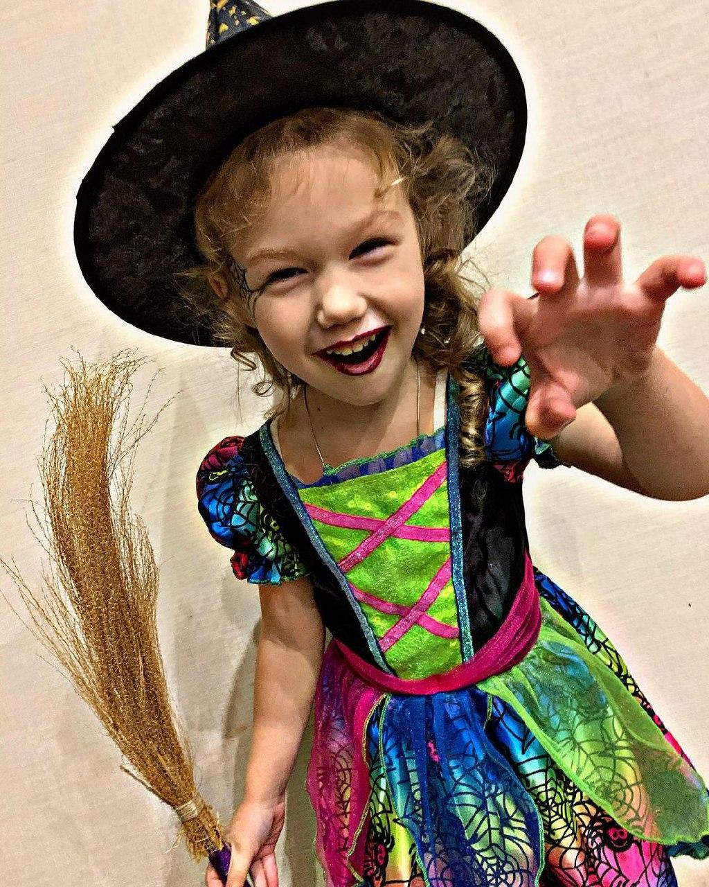 Очаровательная ведьмочка / фото: samarina_ona
