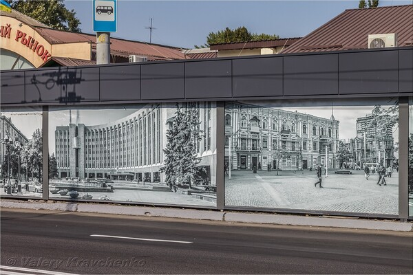 Полюбуйся: на Калиновой патриотично украсили фасады ларьков (фото) фото 2