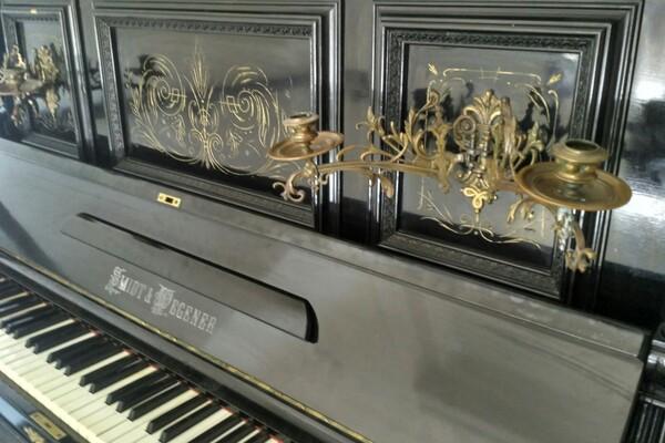 Ух ты: в Музее истории Днепра появилось пианино 100-летней давности (фото) фото