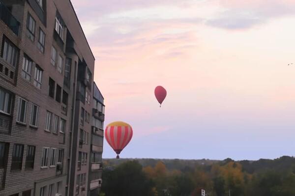 Полюбуйтесь: в Днепре в небе летали воздушные шары (фото, видео) фото 3