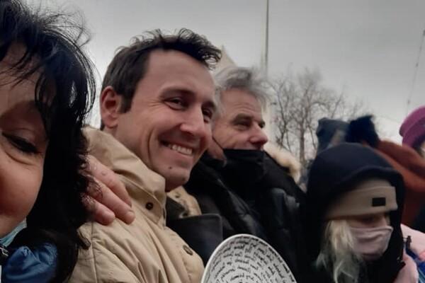 Какие люди в Голливуде: известный режиссер снимает фильм про спортсмена из Днепра фото